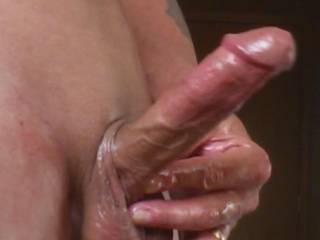 I love stroking with oil