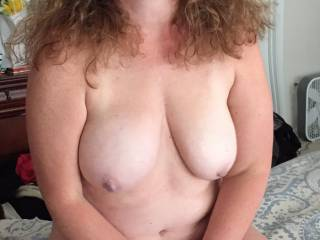Very sexy lady would love to get my mouth on you