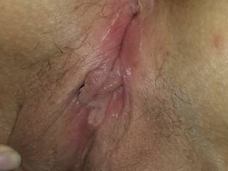 would love to bury my tongue deep inside your sexy pussy and taste your sweet juices as you cum