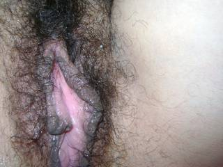 Delicious pussy lips and hairy-juicy pussy!!!!