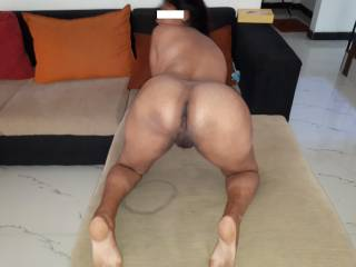 This is my wife just before a fucking session...I am dreaming of watching her fucked by few guys in middle of a gangbang...!!