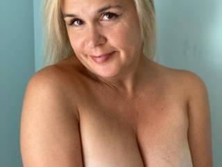 Sexy tits..