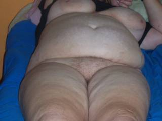 I would be all over that big very beautiful body so fast she wouldn't know what was happening to her,love BBW!!
