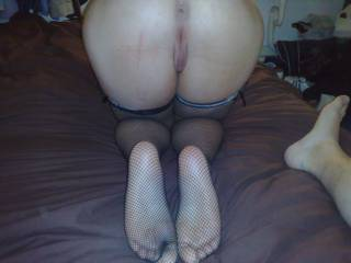 Oh me too and come on her sexy soles
