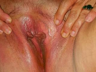 Wifes slick spead pussy, love it...enjoy