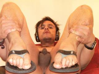naked showing my little soft dick wearing flip flops u like?