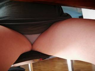 Wife flashing her panthy for zoiggers