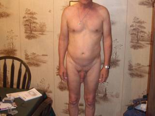 was hanging with a nudist friend and didn\'t have a full body pic
