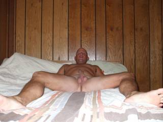 any of you ladies wanna get between my legs and lick my and suck my cock and balls then ill retuen the favor and lick your pussy