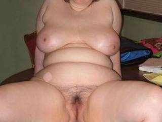 Would love to kiss your lips as an appetizer, suck on your lovely big tits as a starter and move down over your natural plump belly to take your welcoming hairy pussy for main course before finishing with perhaps a little chocolate round the back for dessert ...stunning body !