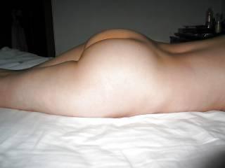 Yummy ass, BANGIN hot !! Bite you, Baby i'd eat your ass !!