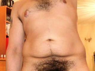 U like a naked chubby man with a hairy bush?