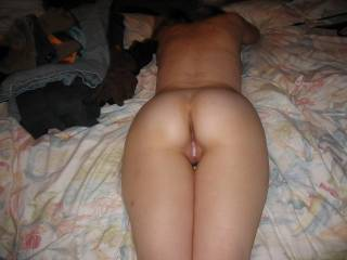 After filling m y wifes beutifull pussy from behind with my cum, who wants to eat it ?