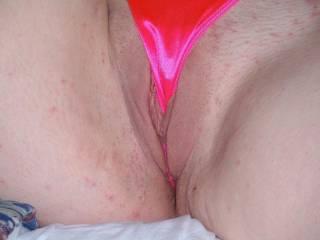 Mmmmmmmmm beautiful lips, would love to feel you wrapped around my thick hard shaft!!!!;)