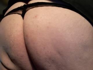 I like wearing sexy panties for my big black men