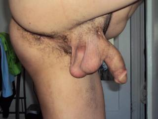 I would gladly volunteer! That is s delicious looking ass and a very nice tasty looking set of balls mmm yum
