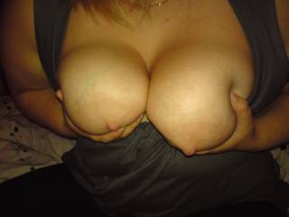 love the VIEW....got my VOTE.... great CAMERA shot!!!!!!!!!!!!!!!!! love to SHOWER your hot TITS with CUM......