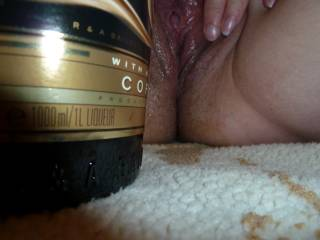 my pussy is so sticky with all this Baileys and needs to be licked out.............