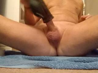 Need someone to sit on my cock after I pump it up. Lots and lots of hot cum for you!