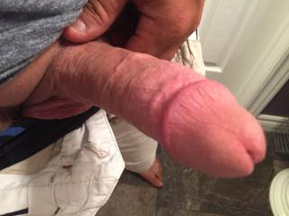 Who likes sucking a fat dick?