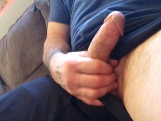 Sitting here watching porn and waiting for some good pussy