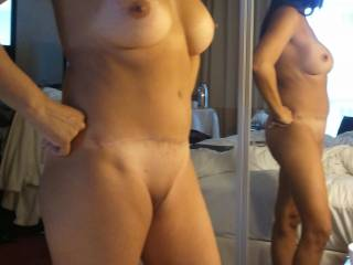 Hot body for showing off, love to be flashed to, would have you go out and about in a very little just showing and kissing your sweet body