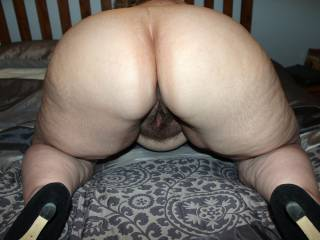 For your big butt enjoyment this week: Five pics of mine. Hope you like x