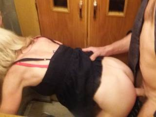 fuck in the elevator ... She really enjoys :) Who loves to fuck in the elevator?