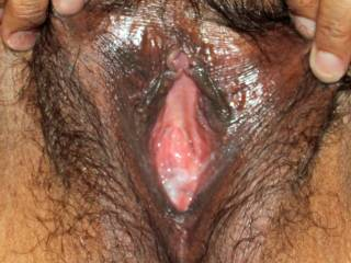 My pussy full of girl-cum...I was so horny taking pics!