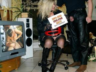 I\'m so horny tonight.....will Fuck in my tight Riding Dress and Blow your brain away..........suck your hard dick............omg love to see hard cocks and fat balls in leather pants and cowboy boots.......Fuck me tonight boys......put on your leather pan