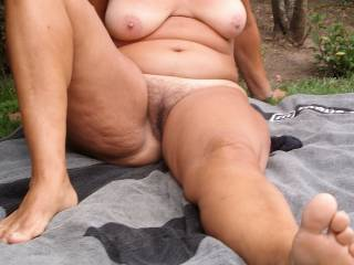 The story is you have a very hot body,love those legs and that pussy   yum!!