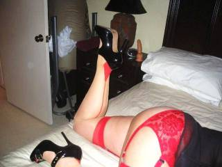 Like Her Big Ass & Nylon Clad Legs?