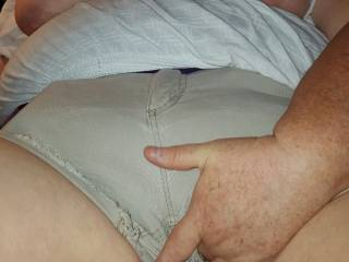 MY BBW Friend SZ fingering her pussy