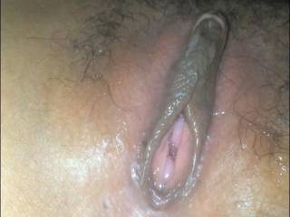 who want lick her pussy???