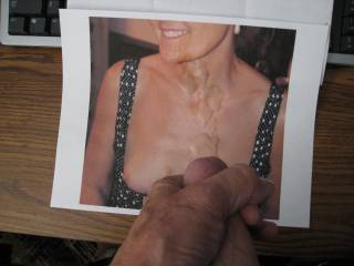 Jo receives the cum shot she wanted when she sent me her photo. I love sexy wifes.