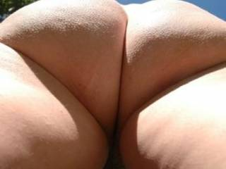 WOW! ... instant favourite pic. Love this view of her fantastic ass and would love to get underneath her and take stacks of pics!
