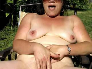 This one if for the requests to see her pussy.