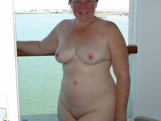 the wife gets naked on our balcony on the cruise