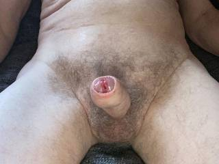 In order to suck on my glans my foreskin needs to be rolled back, but no hands allowed.
