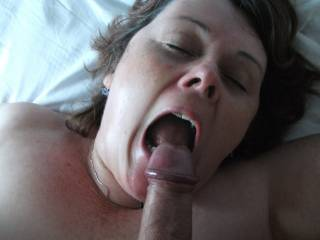 Great shot. Did you cum in her mouth or spray her face?