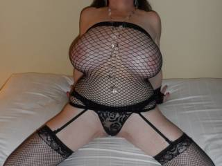 i would love to see those titties in person just one time...wonder how you hold them up