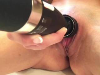 Watch her pussy pulse during her orgasm!