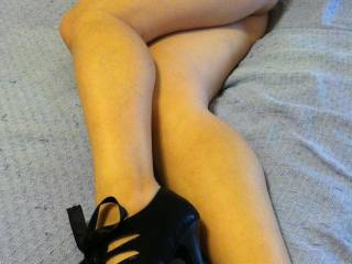 Another pair of heels, do u like?