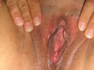 love to suck on them lips then slide in very nice