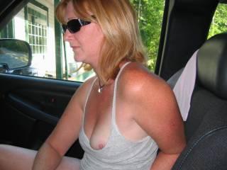 Beautiful side breast nice nipple umm good.