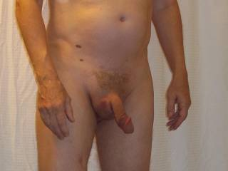 would love to feel that soft limp cock harden in my mouth n hands