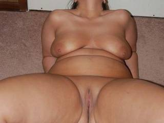 Naughty V dreaming of zoigers, men and women, eating her pussy...anyone want to help her?