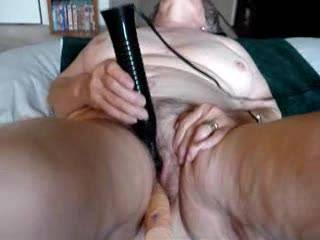 What a beautiful mature woman, who loves big cocks,fucking, sucking, and she swallows every time.
