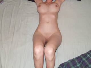 .. mmmmmm .. sure does make ya want to help get it all horny and wet with thoughts of being orgasmic :))