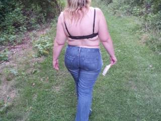 MMMmmm nothing like tight fitting jeans to show off a perfect ass